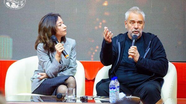 Люк Бессон на творческой встрече в Ташкенте - Sputnik Узбекистан