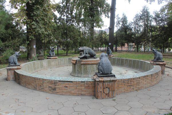 После 1978 года здесь был организован Музей антиквариата и ювелирного искусства. А после 1992 года - Дом приемов МИД. - Sputnik Узбекистан