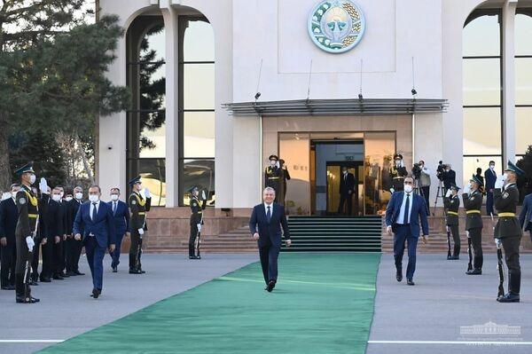 Президент Туркменистана Гурбангулы Бердымухамедов прибыл в Узбекистан с официальным визитом. - Sputnik Ўзбекистон