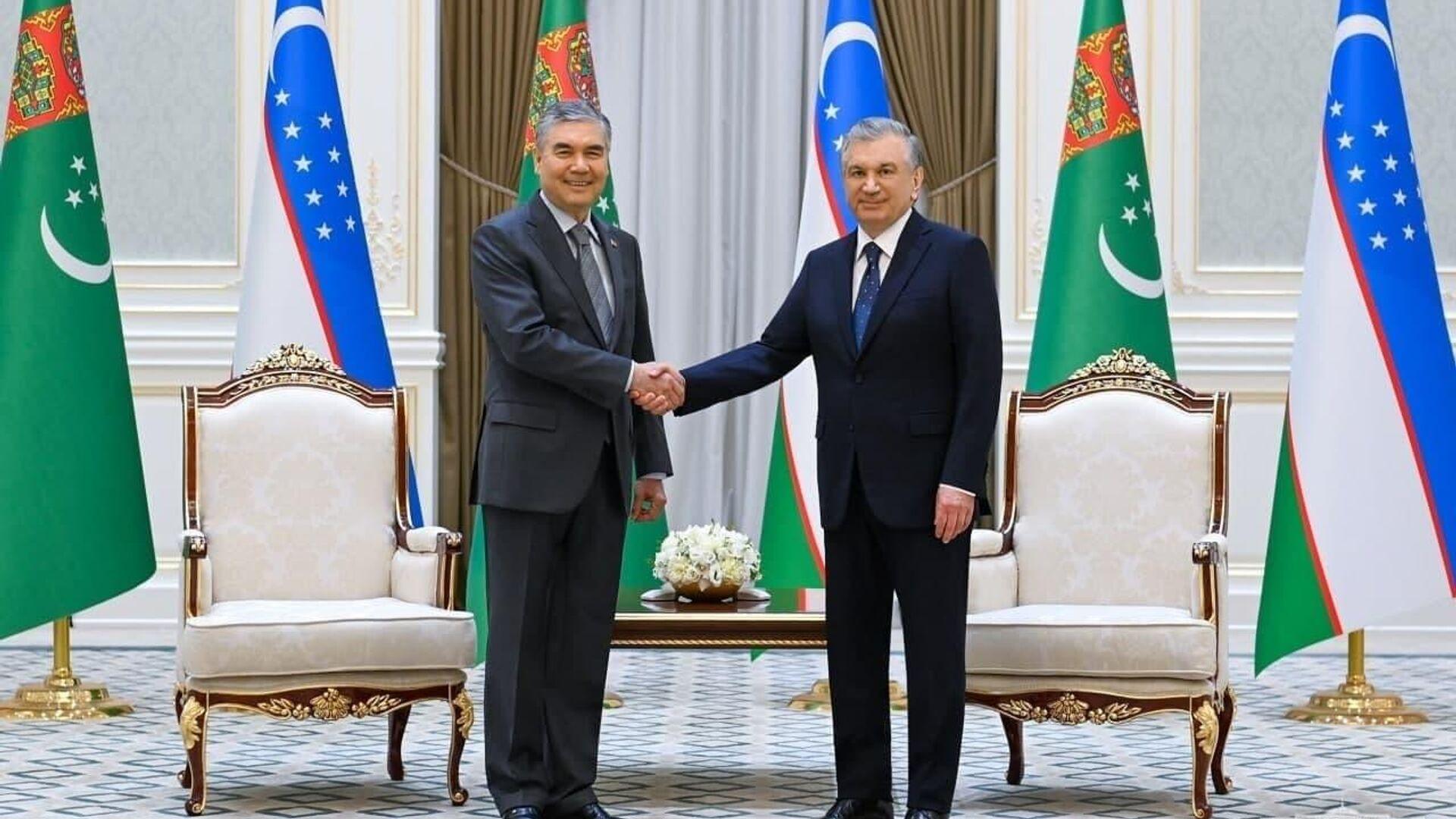 В резиденции Куксарой состоялась церемония официальной встречи Президента Туркменистана - Sputnik Ўзбекистон, 1920, 05.10.2021