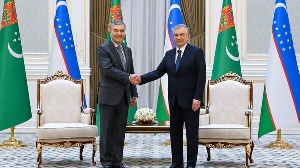 V rezidentsii Kuksaroy sostoyalas tseremoniya ofitsialnoy vstrechi Prezidenta Turkmenistana - Sputnik Oʻzbekiston