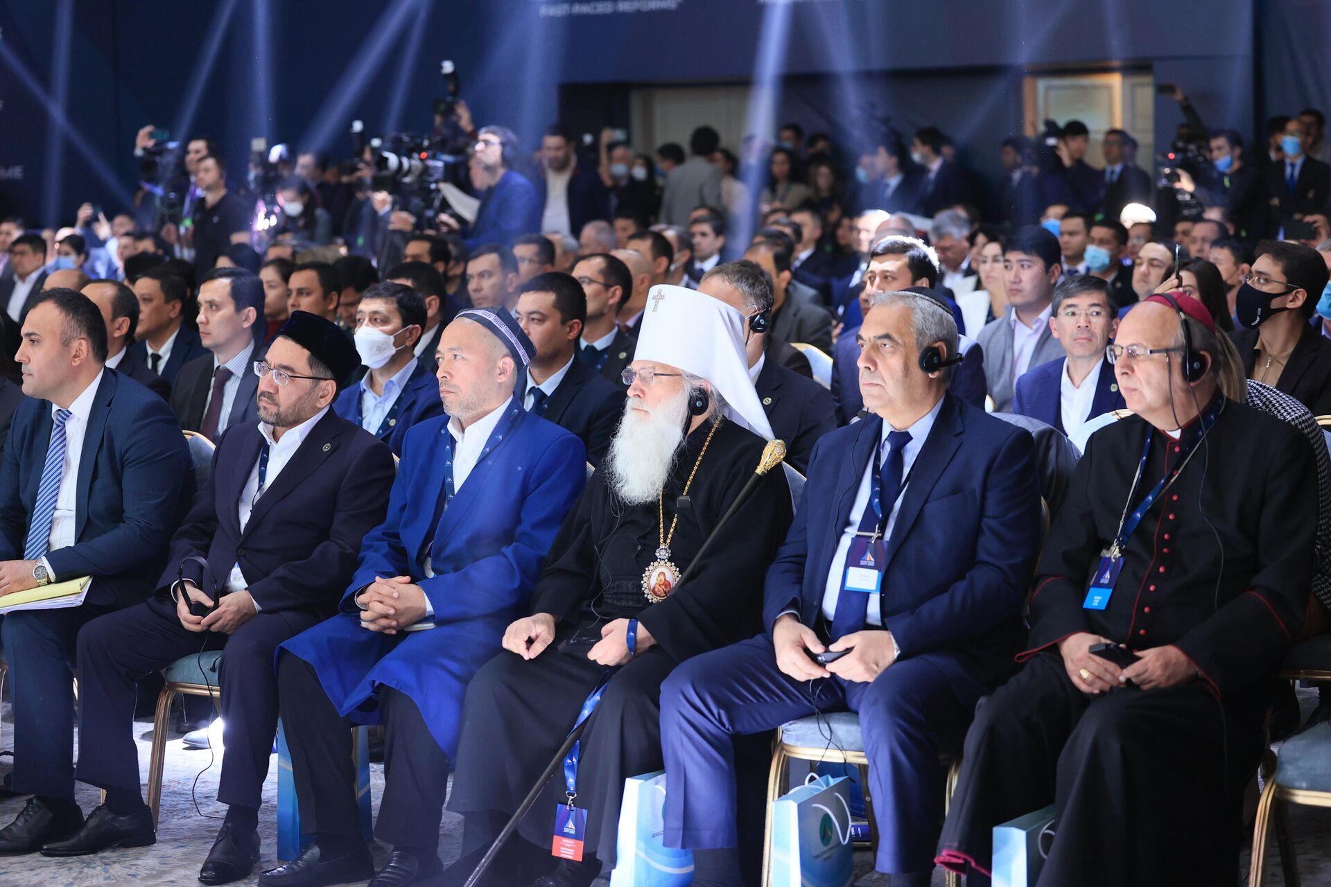 Международная конференция Узбекистан: стремительные реформы за пять лет - Sputnik Узбекистан, 1920, 05.10.2021