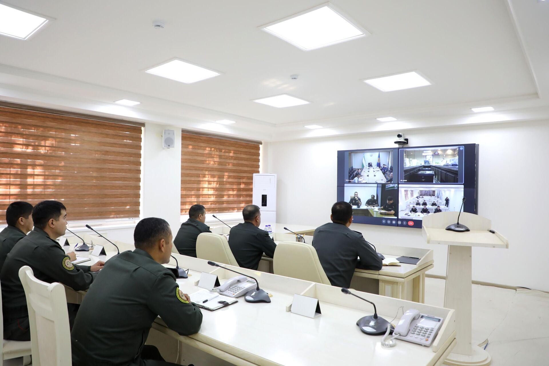В Нукусе военные провели онлайн совешание со своими индийскими коллегами - Sputnik Ўзбекистон, 1920, 06.10.2021