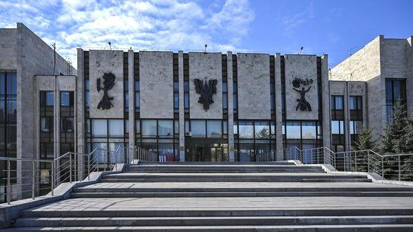 Здание Московского государственного института международных отношений Министерства иностранных дел Российской Федерации (МГИМО) в Москве - Sputnik Узбекистан