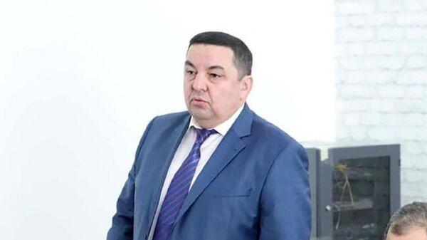 Bыvshiy prorektor Tashkentskogo gosudarstvennogo ekonomicheskogo universiteta Nodir Idiyev - Sputnik Oʻzbekiston