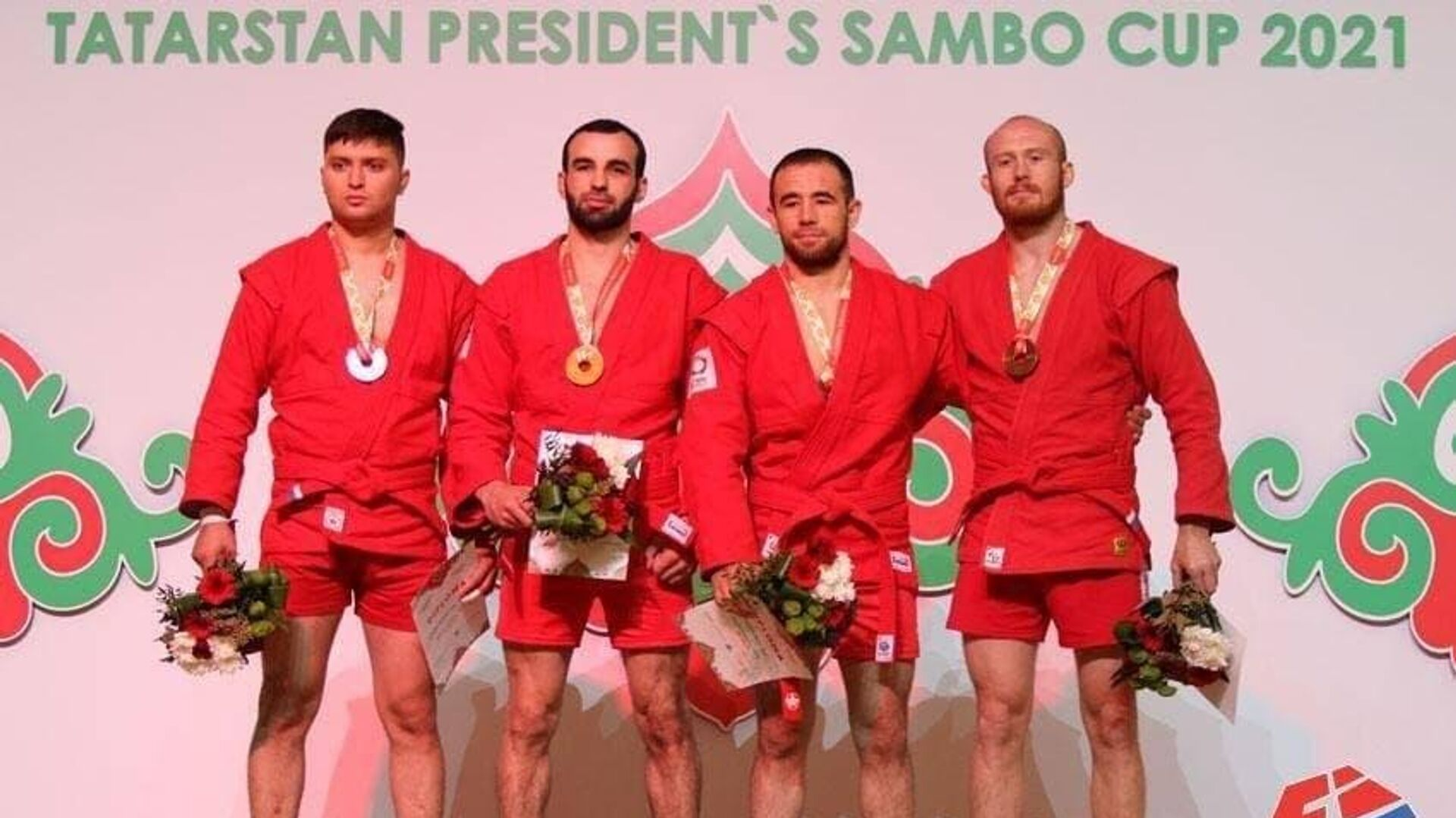 Узбекистанские самбисты завоевали три медали на международном турнире в Казани - Sputnik Узбекистан, 1920, 07.10.2021