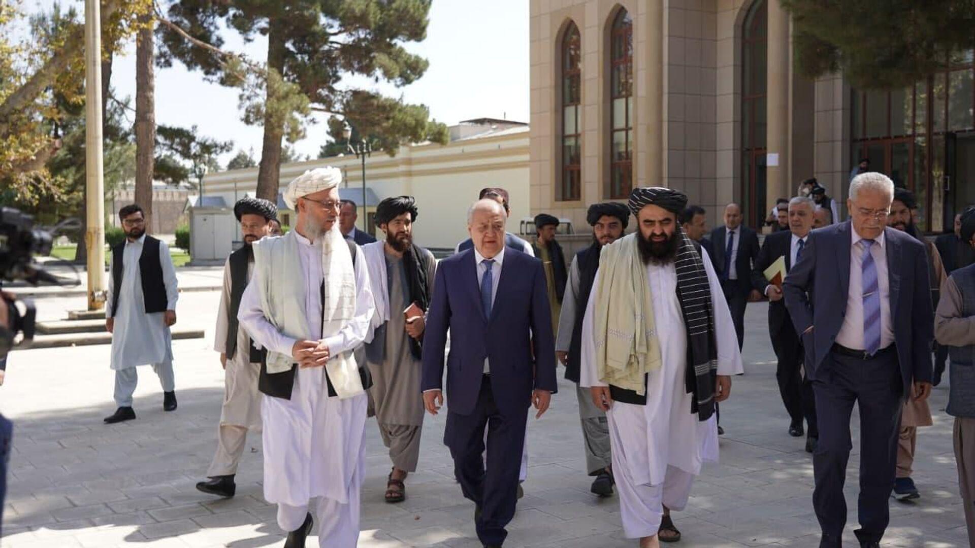 Министр иностранных дел Узбекистана Абдулализ Камилов посетил Кабул с рабочим визитом - Sputnik Ўзбекистон, 1920, 08.10.2021