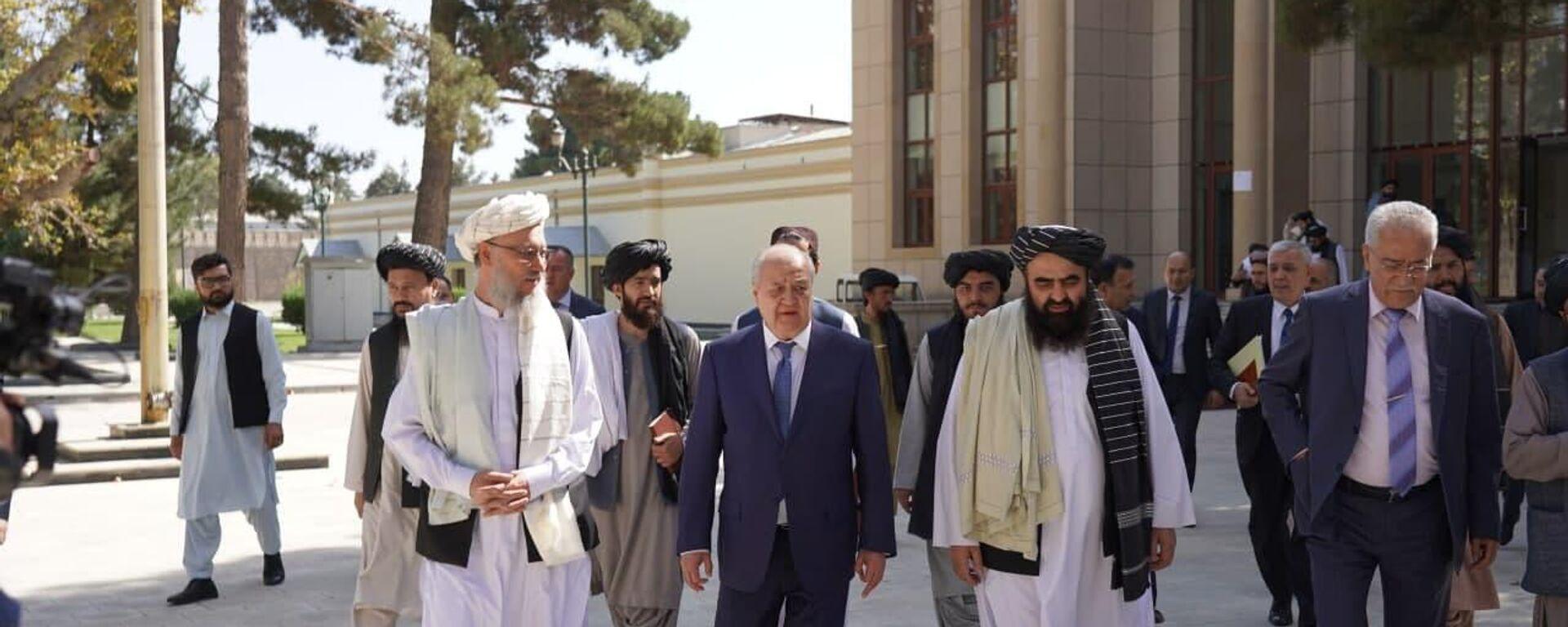 Министр иностранных дел Узбекистана Абдулализ Камилов посетил Кабул с рабочим визитом - Sputnik Узбекистан, 1920, 07.10.2021