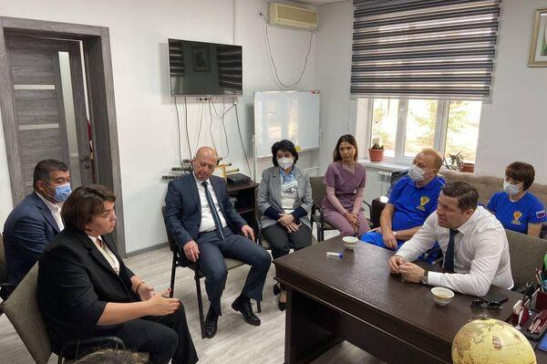 ФМБА России начинает работу в Республике Узбекистан в рамках реализации проекта Правительства РФ по развитию системы привлечения трудовых ресурсов - Sputnik Узбекистан