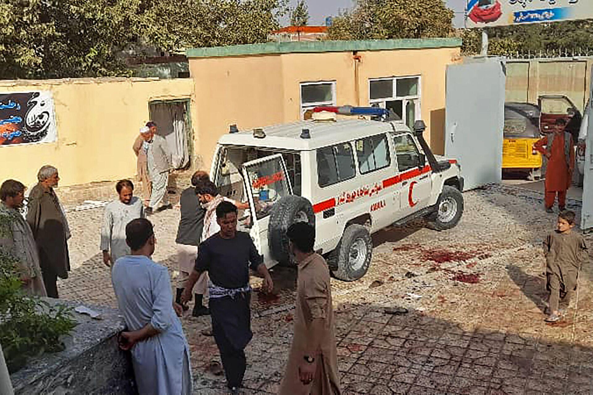 Теракт во время пятничной молитвы в афганском городе Кундуз - Sputnik Ўзбекистон, 1920, 09.10.2021