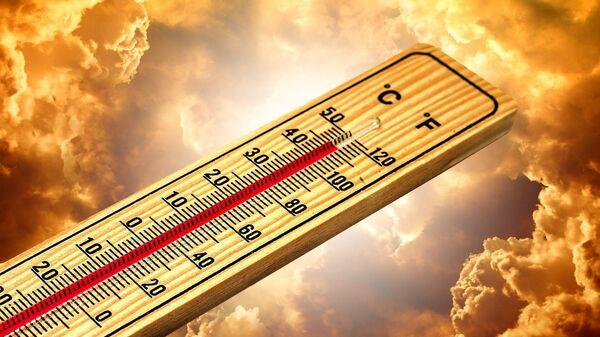 Термометр, иллюстративное фото - Sputnik Узбекистан
