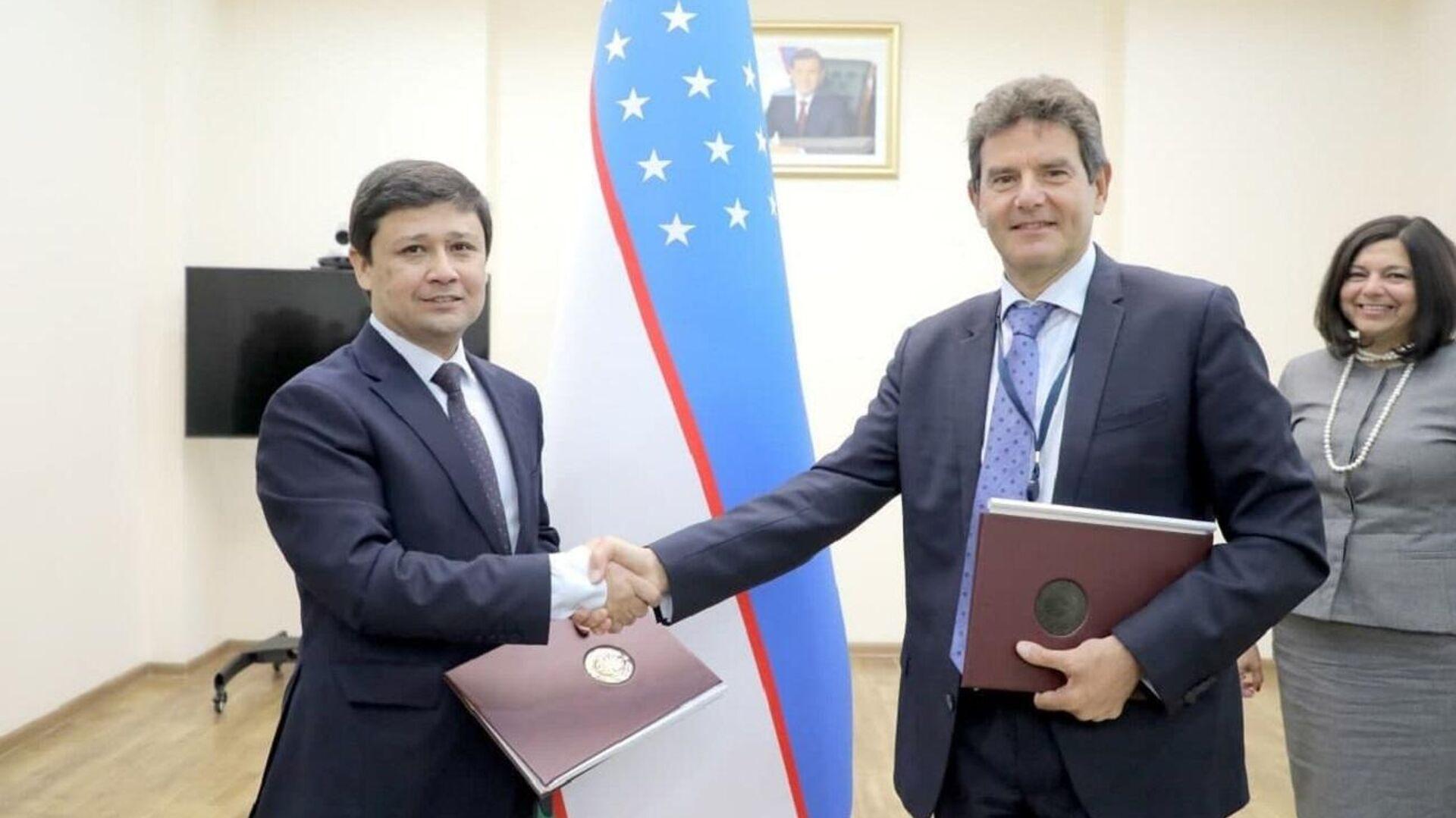 Узбекистан впервые получит корпоративный кредит без госгарантии для энергопроекта - Sputnik Ўзбекистон, 1920, 11.10.2021