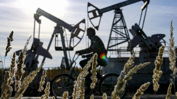 Нефтяные качалки - Sputnik Узбекистан