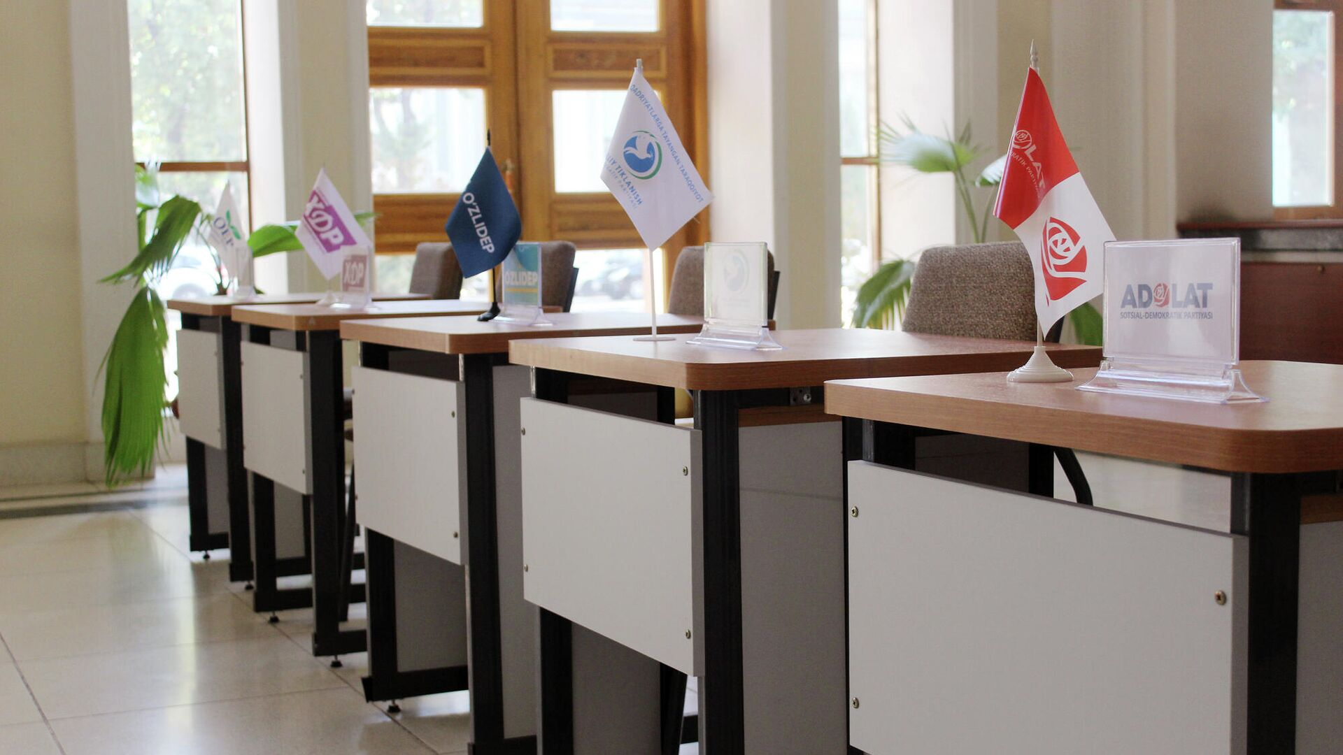 Избирательный участок в Ташкенте - Sputnik Узбекистан, 1920, 14.10.2021