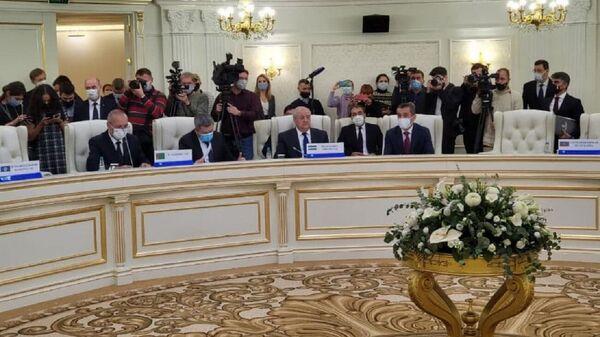 Glava MID Uzbekistana Abdulaziz Kamilov prinyal uchastiye v ocherednom zasedaniye SMID SNG - Sputnik Oʻzbekiston