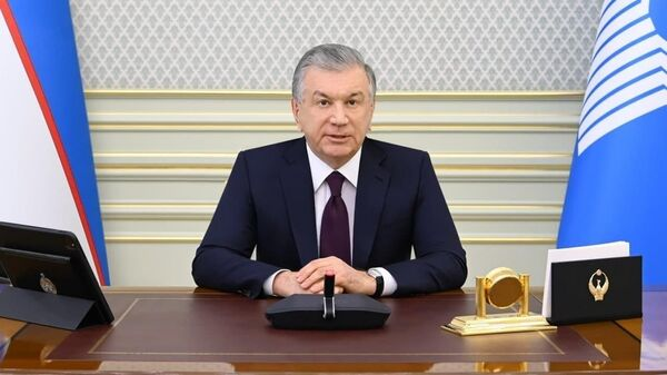 Президент Узбекистана Шавкат Мирзиёев во время видеоконференции глав СНГ - Sputnik Узбекистан