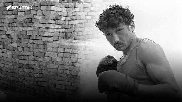 Znamenitomu uzbekistanskomu bokseru Rufatu Riskiyevu stroyat novыy dom - Sputnik Oʻzbekiston