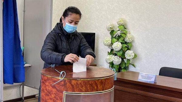 В Узбекистане начались выборы президента - Sputnik Узбекистан