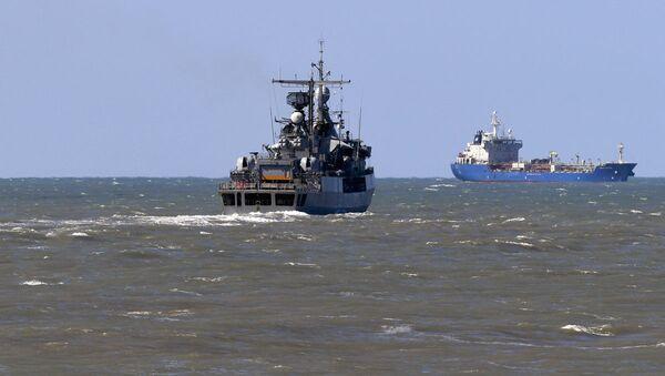 Эсминец ВМС Аргентины ARA Sarandi направляется к месту гибели подводной лодки Сан Хуан - Sputnik Узбекистан