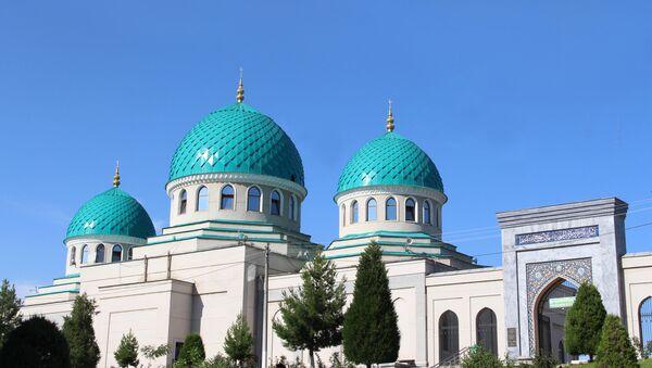Ходжа Ахрар Вали - Фундамент первой в Ташкенте соборной пятничной мечети (Джума-мечеть) был заложен на самой высокой точке шахристана (центра) древнего Ташкента в 819 году - Sputnik Узбекистан