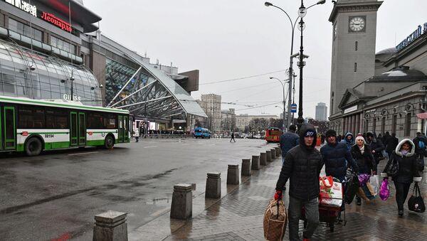 Обеспечение безопасности на новогодние праздники в Москве - Sputnik Ўзбекистон
