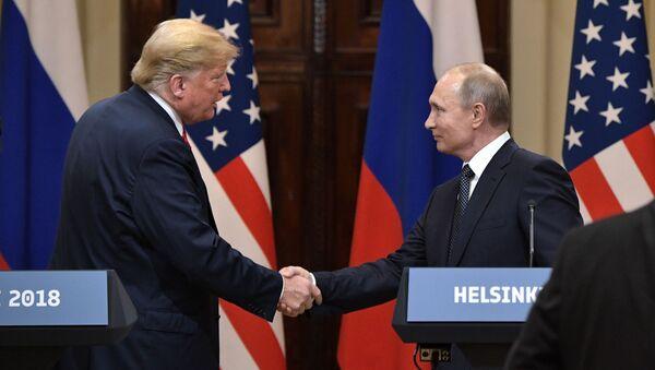 Встреча президента РФ Владимира Путина и президента США Дональда Трампа в Хельсинки - Sputnik Ўзбекистон