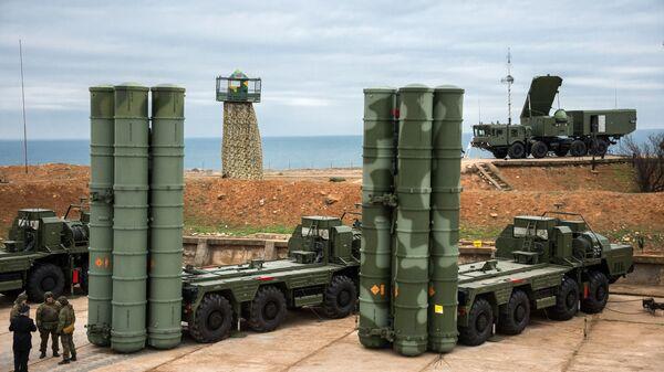 Комплекс ПВО С-400 Триумф заступил на боевое дежурство в Севастополе - Sputnik Ўзбекистон