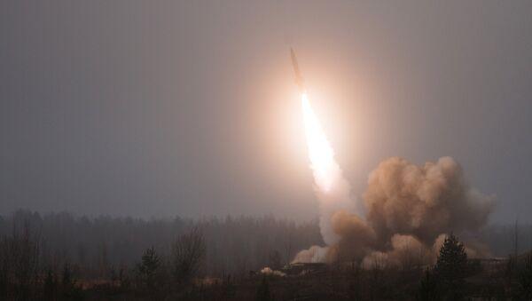 Тактический ракетный комплекс Точка-У - Sputnik Ўзбекистон