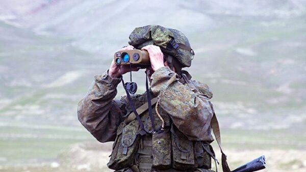 Российские военные уничтожили условных террористов в горах Таджикистана - Sputnik Ўзбекистон