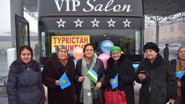 Новый автобусный маршрут соединит Ташкент и Туркестан - Sputnik Ўзбекистон