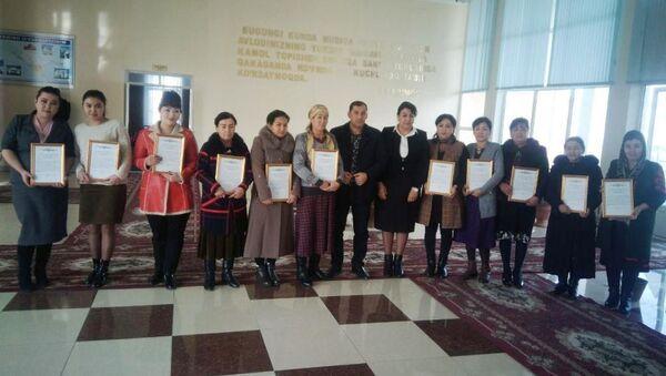 В Булунгуре 14 домашних детских садов получили лицензии  - Sputnik Ўзбекистон