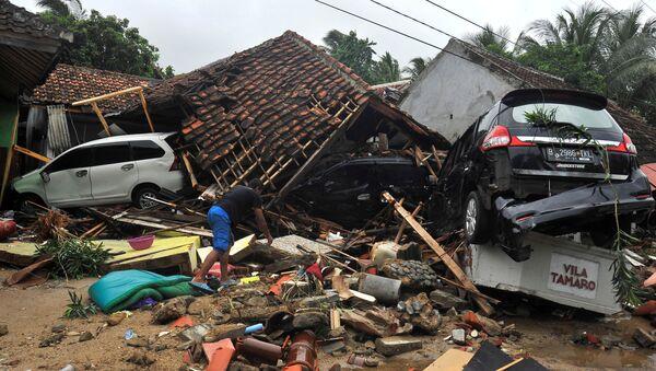 Posledstviya tsunami v Indonezii - Sputnik Oʻzbekiston