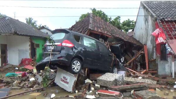 СПУТНИК_Последствия цунами в Индонезии - Sputnik Ўзбекистон