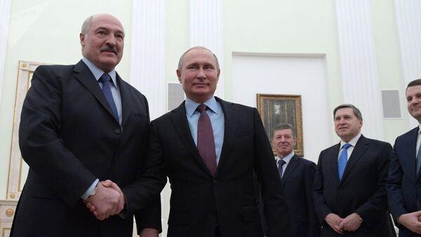 Лукашенко и Путин на встрече в Москве - Sputnik Узбекистан