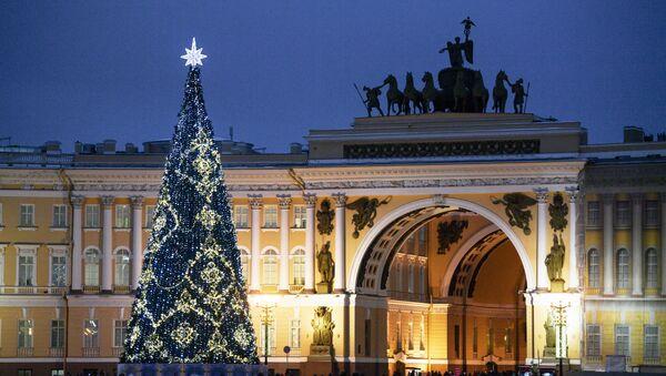 Главная новогодняя елка в Санкт-Петербурге - Sputnik Ўзбекистон
