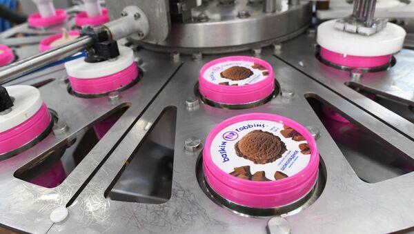 Производство мороженого Баскин Роббинс - Sputnik Узбекистан
