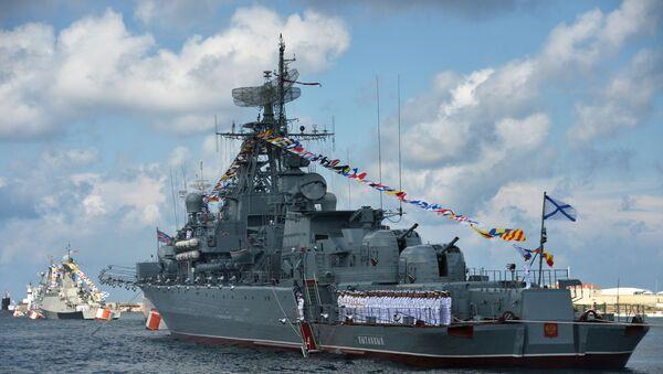 Репетиция парада ВМФ врегионах России - Sputnik Ўзбекистон