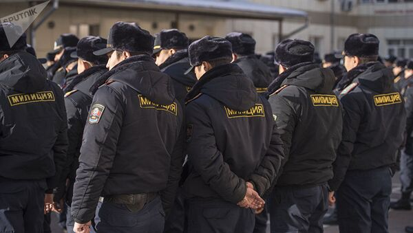 Сотрудники милиции. Архивное фото - Sputnik Ўзбекистон
