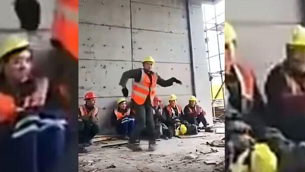 Реинкарнация Майкла Джексона в строителя - Sputnik Ўзбекистон