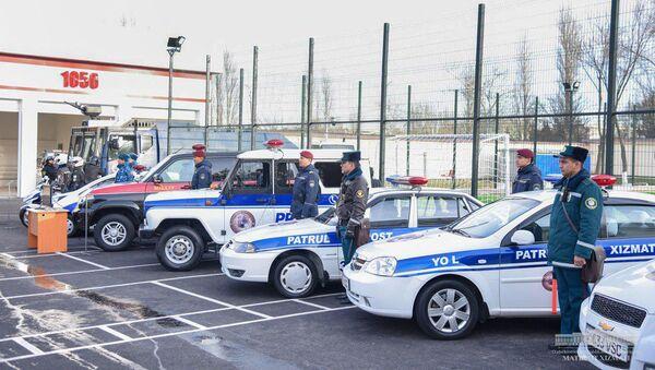 Президент Республики Узбекистан Шавкат Мирзиёев 10 января посетил отдел внутренних дел №7 Юнусабадского района города Ташкента.  - Sputnik Ўзбекистон