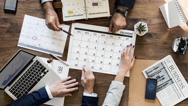 Календарь. Иллюстративное фото - Sputnik Ўзбекистон