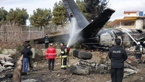 Потерпевший крушение недалеко от Тегерана грузовой Boeing 707 - Sputnik Узбекистан
