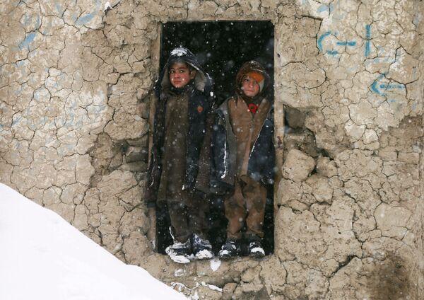 Дети-мигранты в укрытии в Кабуле - Sputnik Узбекистан