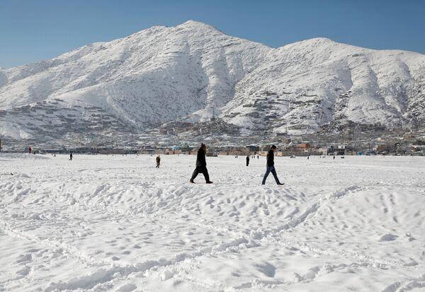 После первого снегопада в Кабуле - Sputnik Узбекистан