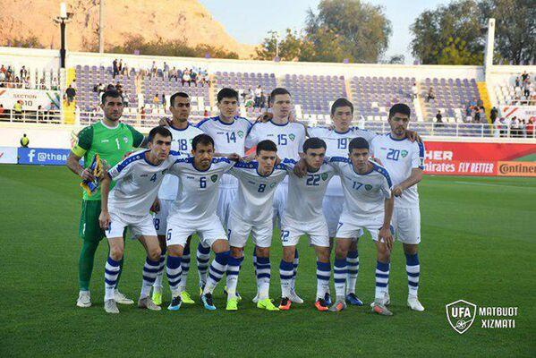 Сборная Узбекистана по футболу перед матчем с Японией - Sputnik Узбекистан
