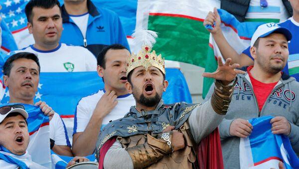 Uzbekskiye bolelщiki vo vremya matcha Uzbekistan-Avstraliya - Sputnik Oʻzbekiston