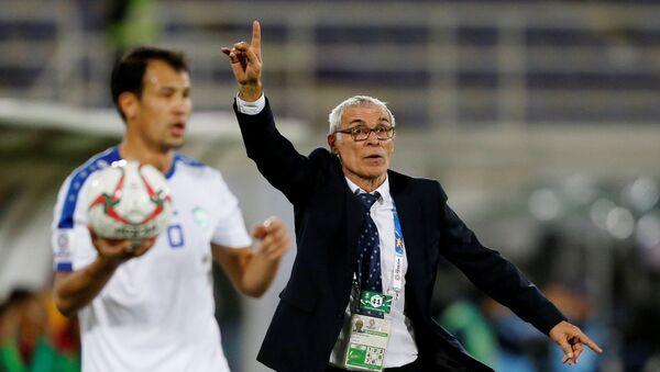 Glavnыe trener sbornoy Uzbekistana po futbolu Ektor Kuper - Sputnik Oʻzbekiston
