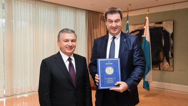 Shavkat Mirziyoyev vstretilsya s Premyer-ministrom Bavarii Markusom Zyoderom - Sputnik Oʻzbekiston