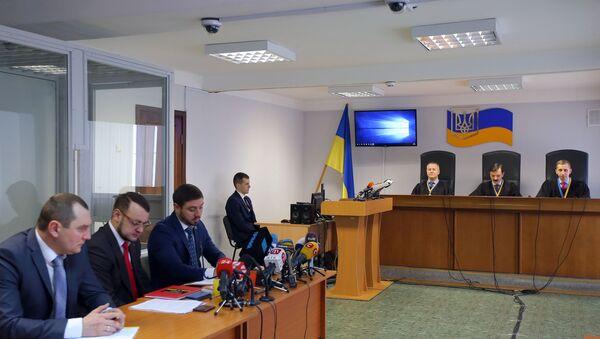 Украинский суд признал Януковича виновным в госизмене - Sputnik Ўзбекистон