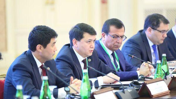 Ulugbek Muxammadiyev, pervыy zamestitel sovetnika prezidenta RUz - Sputnik Oʻzbekiston
